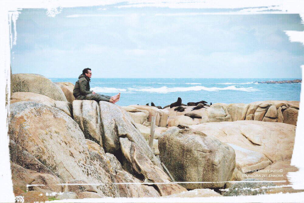 The view from the coast of Cabo Polonio on large colony of sea lions. Photo: Barbora Zelenková, December, 2016.