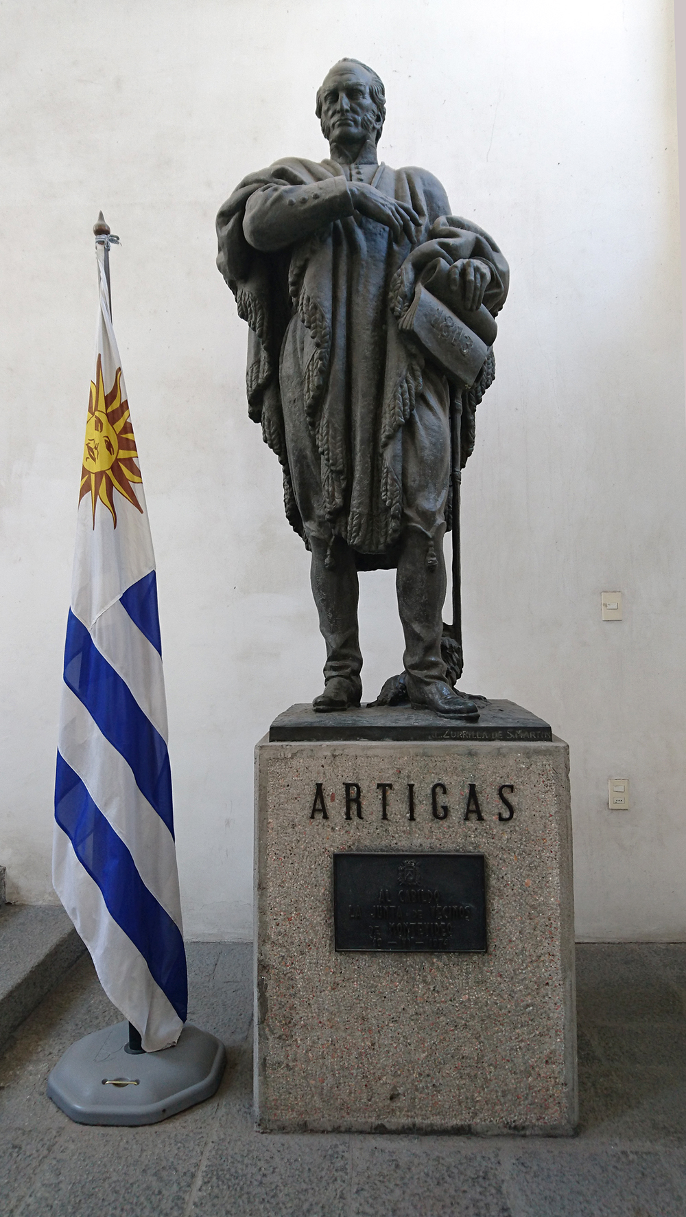 Socha Josého Artigase v Museo Histórico Cabildo. Foto: Barbora Šajmovičová, Sony Experia, 2016, Montevideo.
