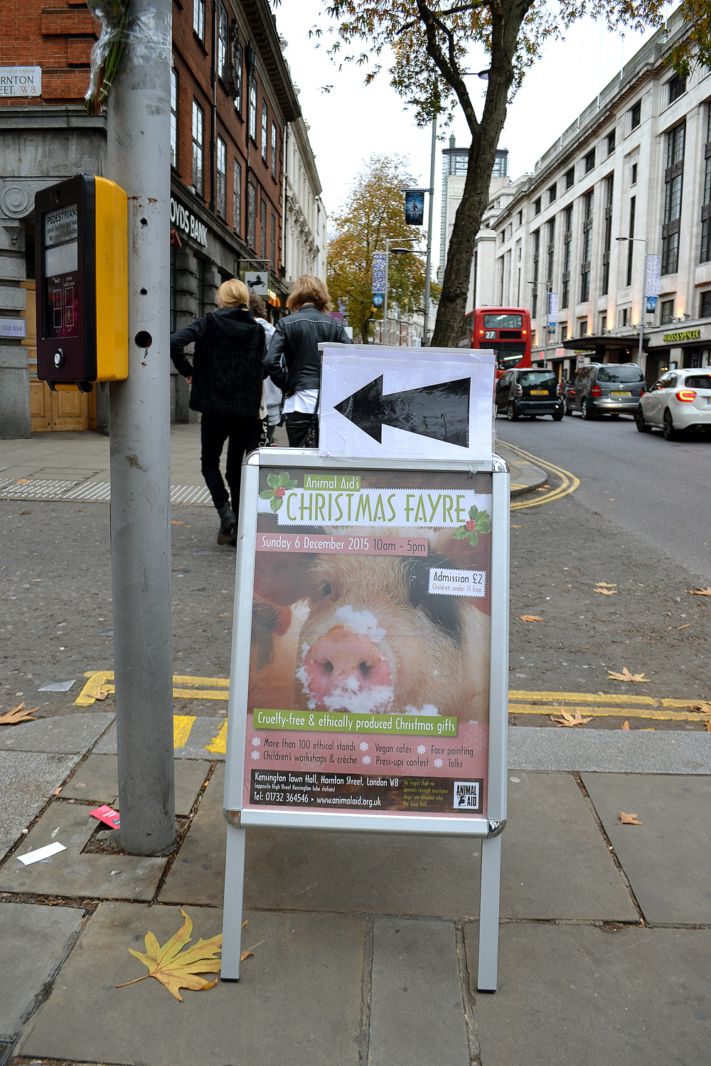 The router to the Christmas Fayre in Hornton Street. Photo: Barbora Sajmovicova, 2015.