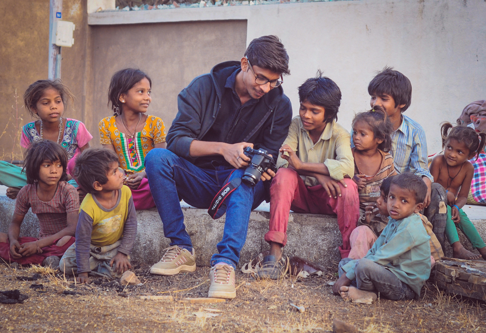 Photographer Navjyot Vyas with children. Photo: Ashish Joshi Ajess