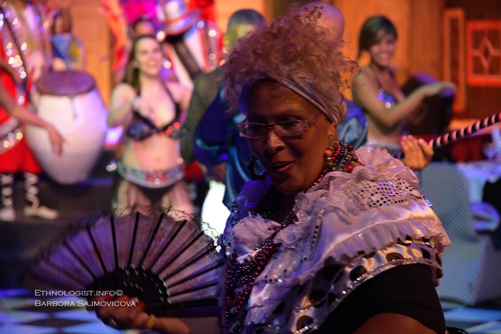 Uruguayské Candombe je tradiční součástí uruguayského karnevalového procesí. Foto: Barbora Šajmovičová, Uruguay, 2016.