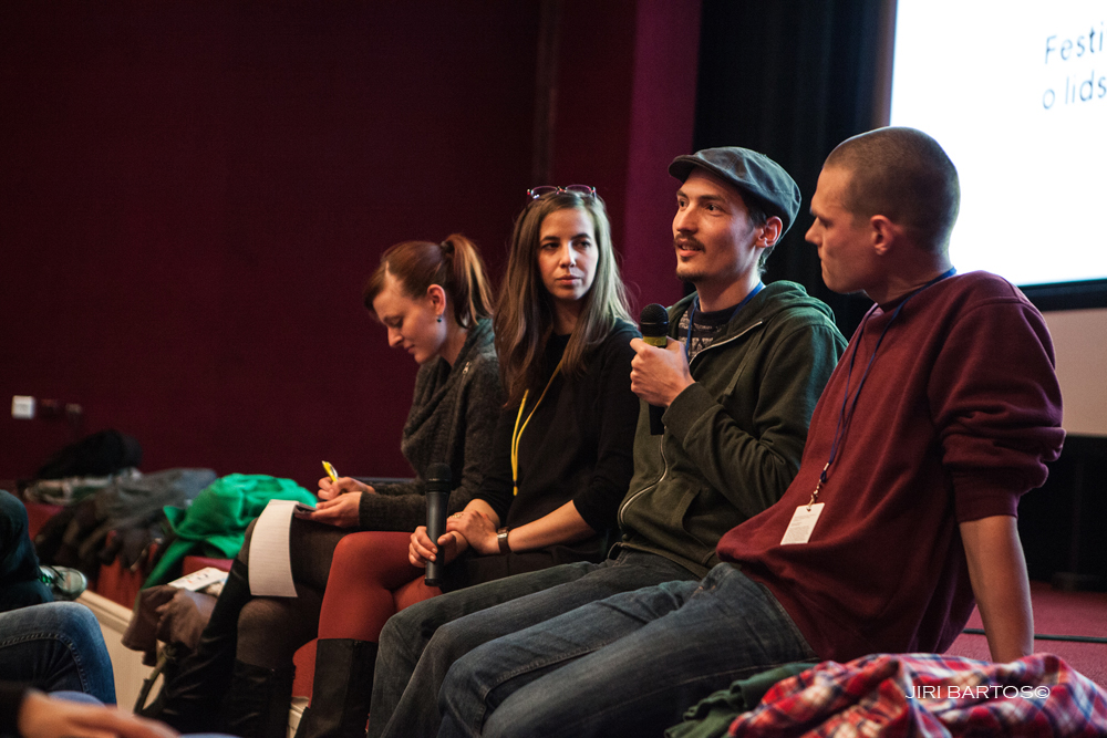 Dramaturgyně Julie Kárová na po-filmové debatě snímku Bratr Jakob s jeho tvůrci. Foto: Jiří Bartoš