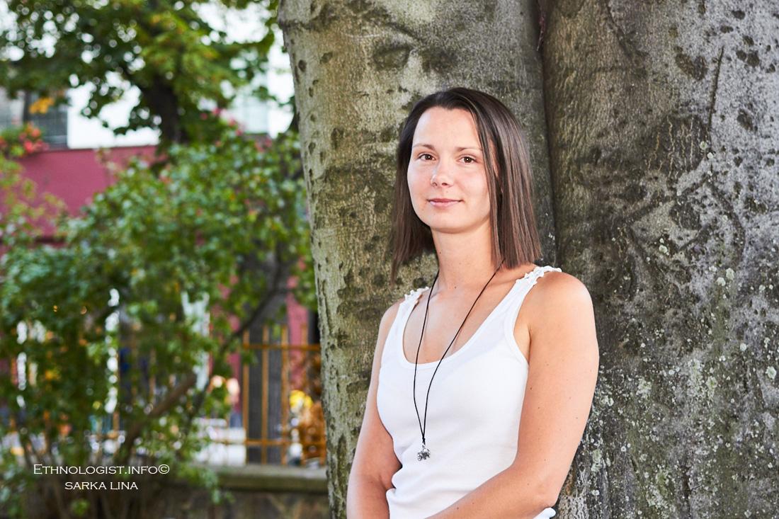 Dana Skořepová pomáhá spolu s dalšími lidmi přetvářet Roudnici k lepšímu. Foto: Šárka Lina.