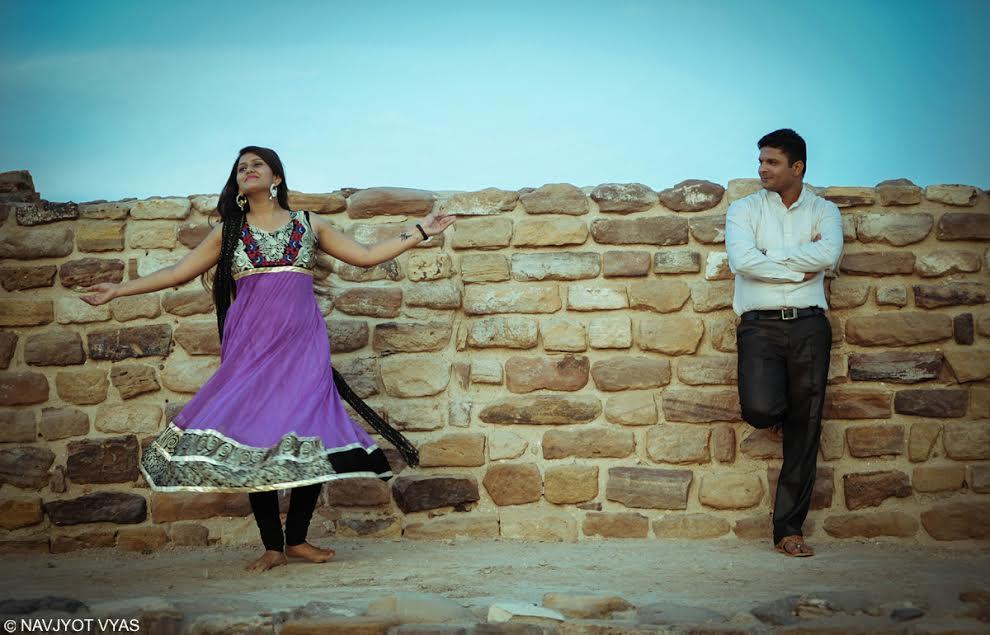 Mladý indický pár. Foto: Navjyot Vyas