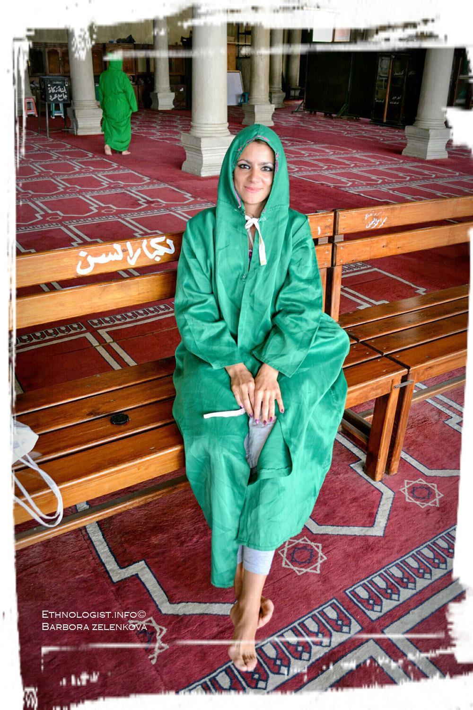 Při prohlídce mešity. Foto: Archiv autora, 2011.